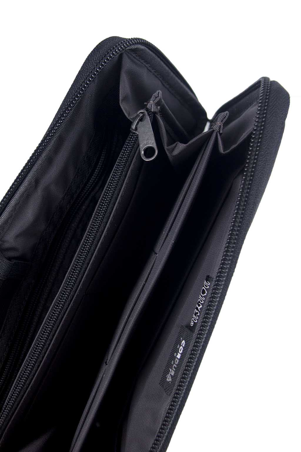 Dill - Travel Wallet - Black